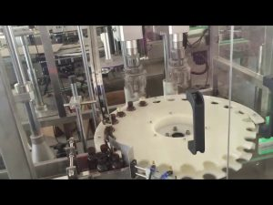 Máquina de tapado automático de alta velocidad de precio de fábrica para tapa de botella giratoria