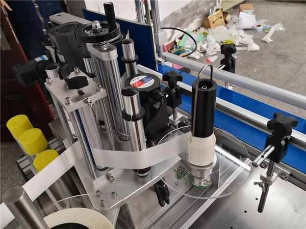 Mecanismo automático de división de botellas.