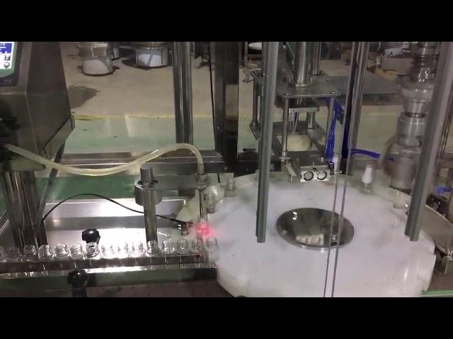 máquina de llenado de botellas de spray de vidrio de perfume de cuidado corporal de 2 ml